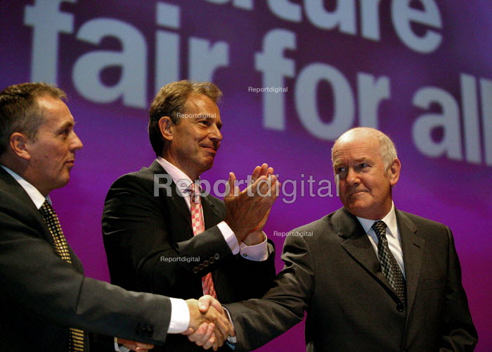 John Reid MP getting an ovation, with Tony Blair at Labour Party conference 2003 - John Harris - 2003-10-01