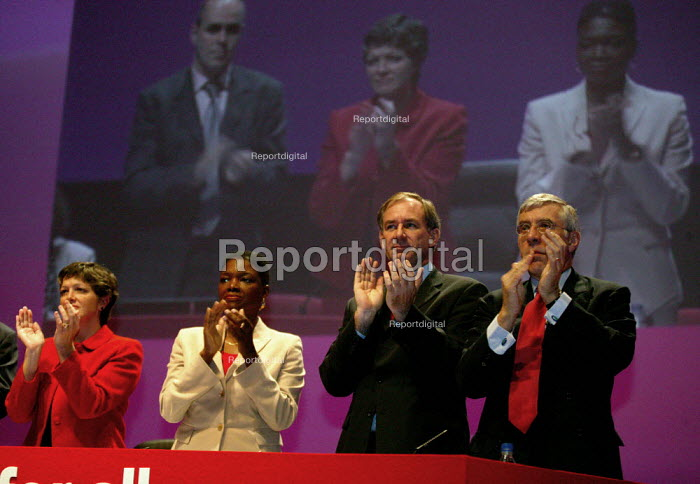 Baroness Amos Geoff Hoon MP and Jack Straw ovation at Labour Party conference 2003 - John Harris - 2003-10-01