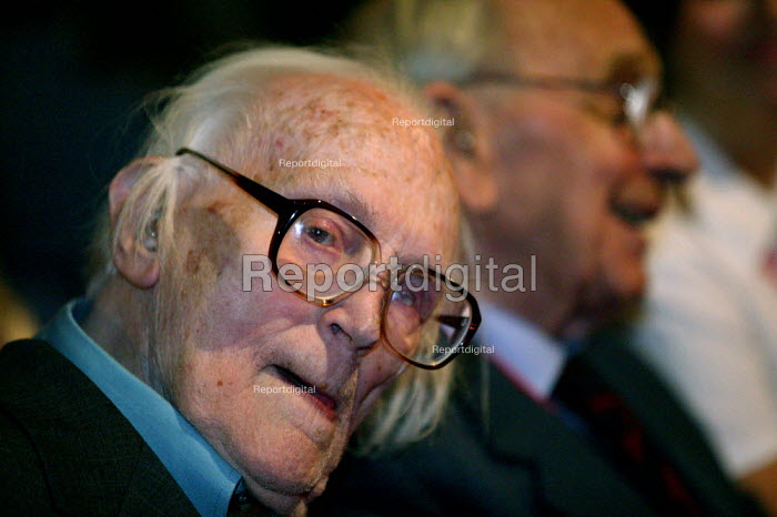 Michael Foot and Jack Jones TGWU Labour Party conference 2003 - John Harris - 2003-10-01
