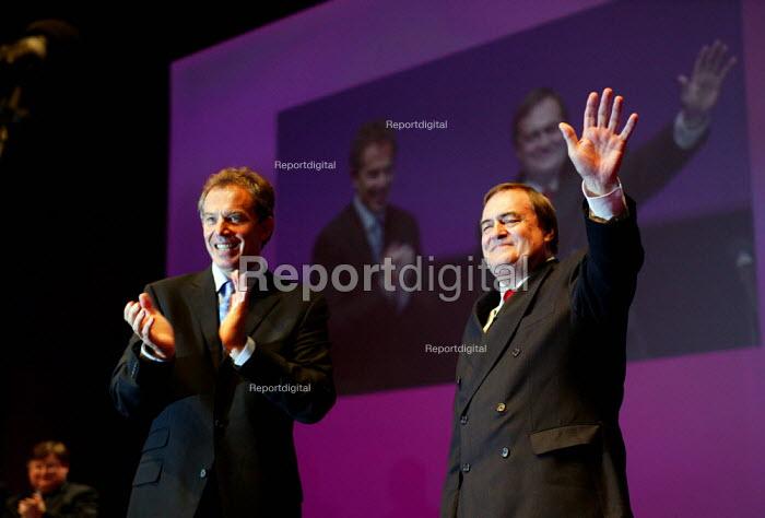 Tony Blair and John Prescott MP ovation at Labour Party conference 2003 - John Harris - 2003-10-02