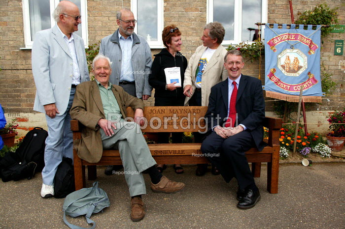 Tony Benn with his son Hilary Benn MP, TUC Tolpuddle Martyrs Festival 2004 - John Harris - 2004-07-18