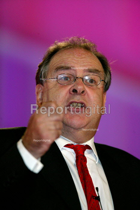 Lord Falconer speaking at Labour Party Conference 2004 - John Harris - 2004-09-30