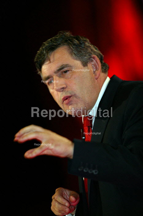 Gordon Brown MP speaking Labour Party Conference 2004 - John Harris - 2004-09-27