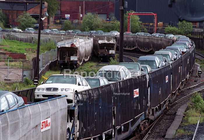 Rover cars leaving the Longbridge factory by rail freight train. - John Harris - 2000-05-17