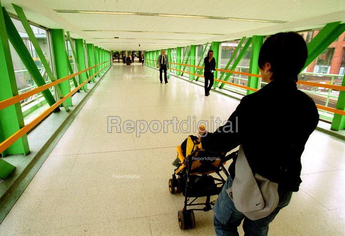 Mother with child in pushchair. Birmingham Snow Hill railway station. - John Harris - 2001-06-18