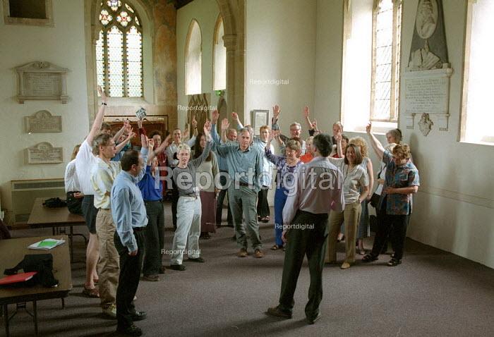 NUJ trades union chapel who meet in a church, voting. Open University. - John Harris - 2001-08-13
