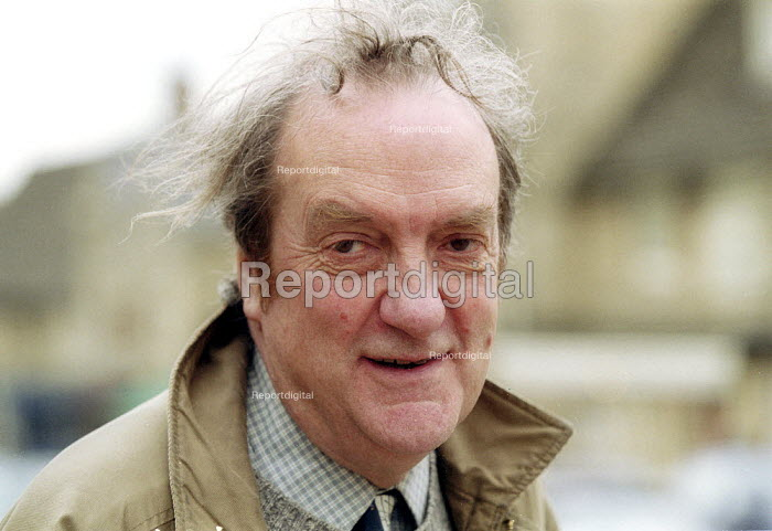 Tim Brighouse Commissioner for London Schools.  29th Levellers Day Burford Oxfordshire. - John Harris - 2003-05-17