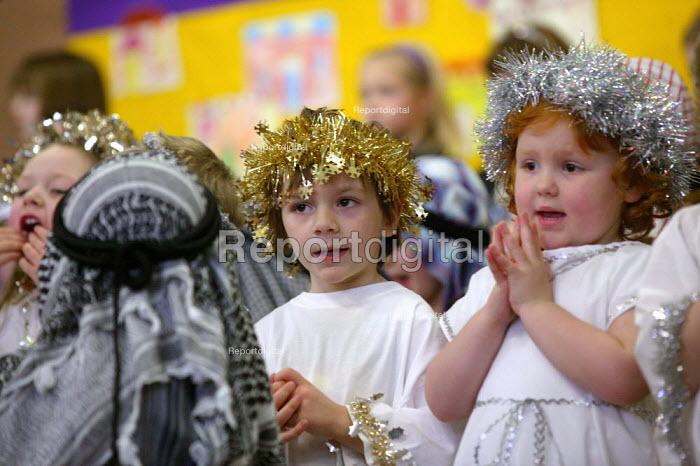 Infants School reception class acting in a Christmas Nativity play. - John Harris - 2003-12-17