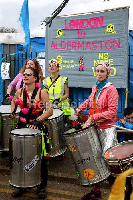 Drumming band as CND march to Aldermaston in a protest against nuclear weapons at the Atomic Weapons Establishment. The origional march took place in 1958. - John Harris - 2004-04-12