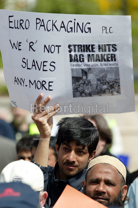 We are not slaves anymore, Asian GPMU worker from Euro Packaging Trades union march & rally for Manufacturing jobs. Birmingham. Organised by Amicus, TGWU and GMB. - John Harris - 2004-05-22