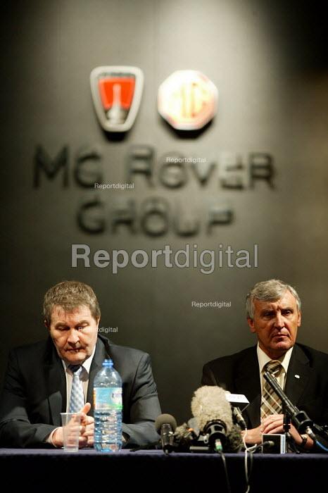 Derek Simpson Amicus and Tony Woodley TGWU, MG Rover Group Longbridge Birmingham. - John Harris - 2005-04-11