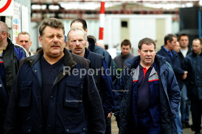 Workers leaving a trades union mass meeting at MG Rover Group Longbridge Birmingham. - John Harris - 2005-04-11