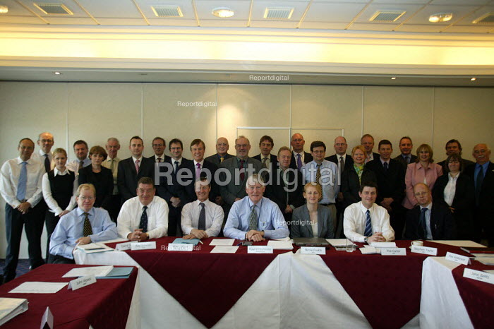 First meeting of the Gangmaster Licensing Authority. - John Harris - 2005-04-27