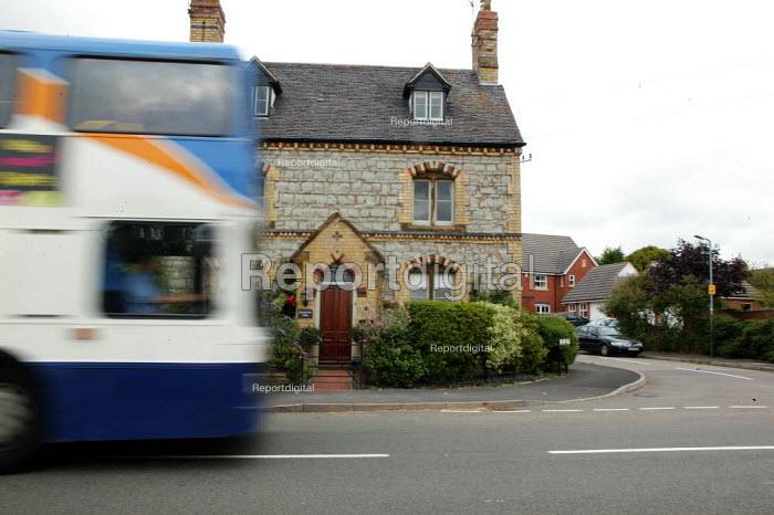 A bus, Kineton village, Warwickshire. - John Harris - 2005-08-12