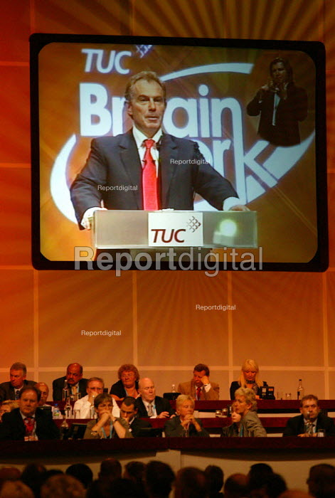 Image of Tony Blair addressing TUC Congress 2006 - John Harris - 2006-09-12