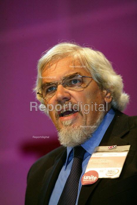Paul Mackney AUT addressing TUC Congress 2006 - John Harris - 2006-09-11