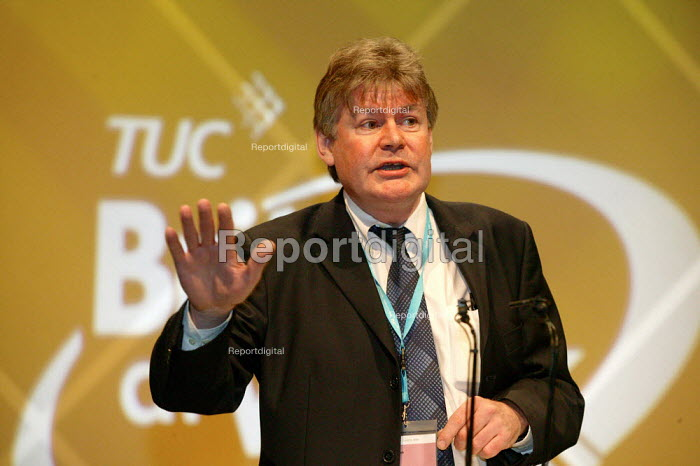 Tony Lennon BECTU addressing TUC Congress 2006 - John Harris - 2006-09-11