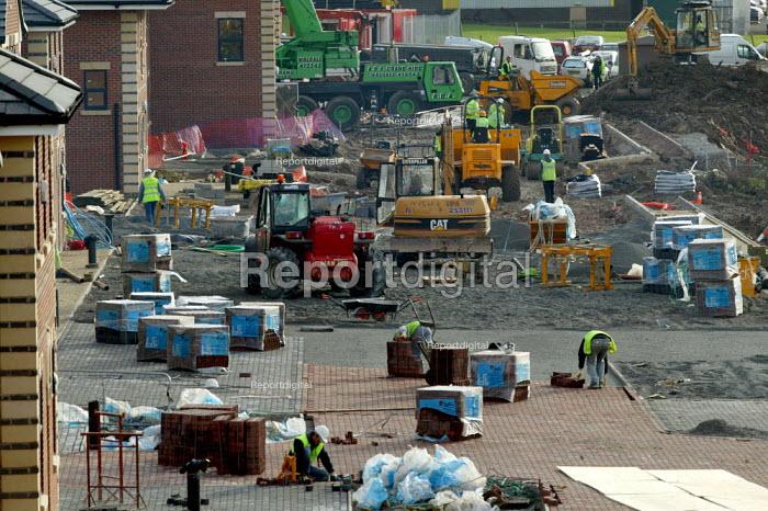 Construction of a business park. Warwickshire. - John Harris - 2006-12-08