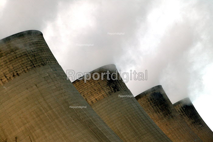 Ratcliffe-on-Soar power station - John Harris - 2007-01-19