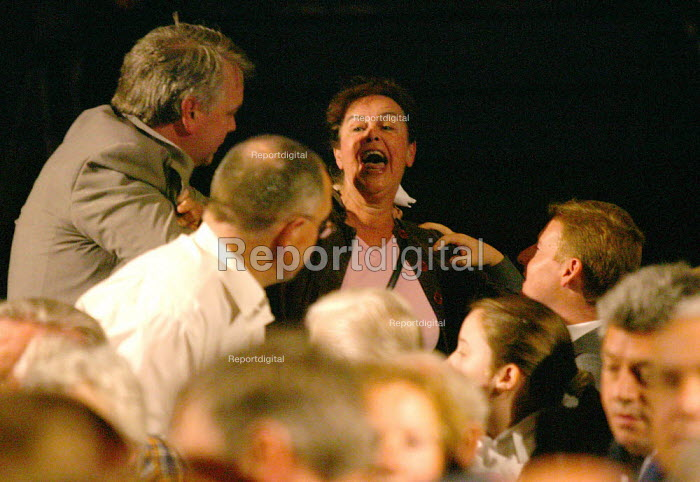 Anti war in Iraq protestor interrupting Gordon Brown being removed from the Labour leadership hustings - John Harris - 2007-05-21