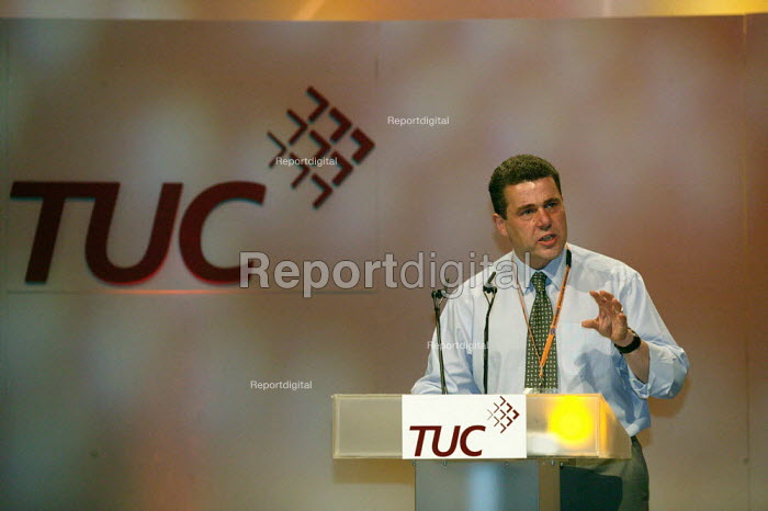 Mark Serwotka PCS addressing TUC Conference 2007 - John Harris - 2007-09-12