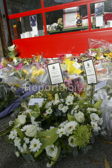 A wreath of flowers laid by the FBU at Alcester Fire Station. Four firefighters died in the fire at the Atherstone warehouse. - John Harris - 2007-11-08
