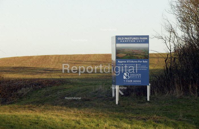 Estate agents board farm for sale, Warwickshire - John Harris - 2008-01-23