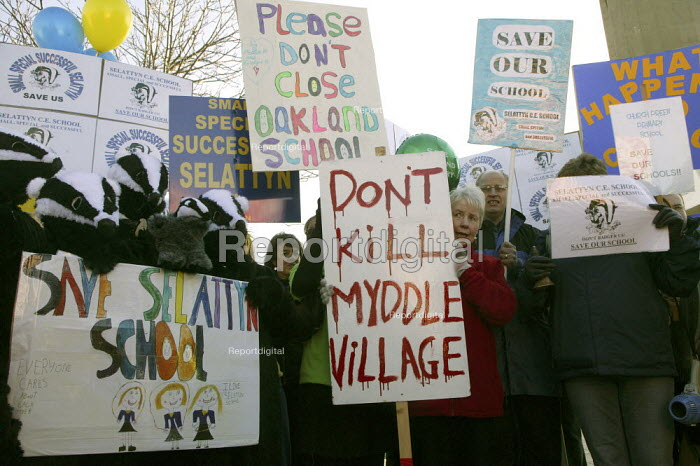 A protest by hundreds of parents, teachers and pupils against the closure or merger of 34 rural schools in Shropshire, outside Shirehall, Shrewsbury. - John Harris - 2008-01-30