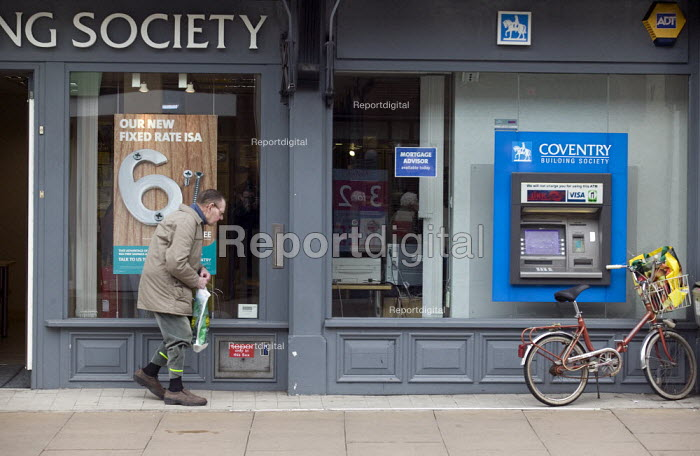 An elderly man at a building society branch in the High Street. - John Harris - 2008-04-25