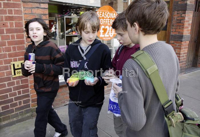 Children with their shopping. - John Harris - 2008-04-22
