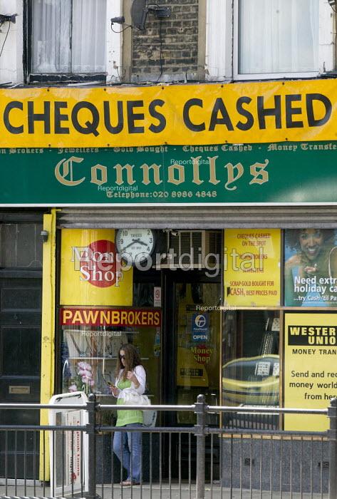 Pawnbrokers, Hackney, London - John Harris - 2008-07-21