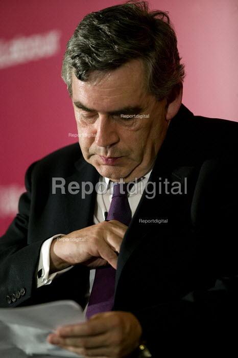 Gordon Brown addressing the Labour Party National Policy Forum, Warwick. - John Harris - 2008-07-25