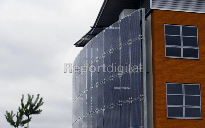 EPIC building in Nuneaton has won the Solar Architecture Award in the Eurosolar UK Awards 2006 PIC is owned by Warwickshire County Council and won the award for its use of photovoltaic panels on its southern facade. They have been mounted onto a curved array using the latest technology. The panels will generate electricity for more than 50 businesses based at EPIC and provide between 15 and 20 per cent of the electricity demand in this highly energy efficient building. The construction has been designed to minimise energy required for lighting, heating and power, with a projected energy usage and CO2 emissions of less than 50 per cent of those of a standard commercial office space. - John Harris - 2008-07-18