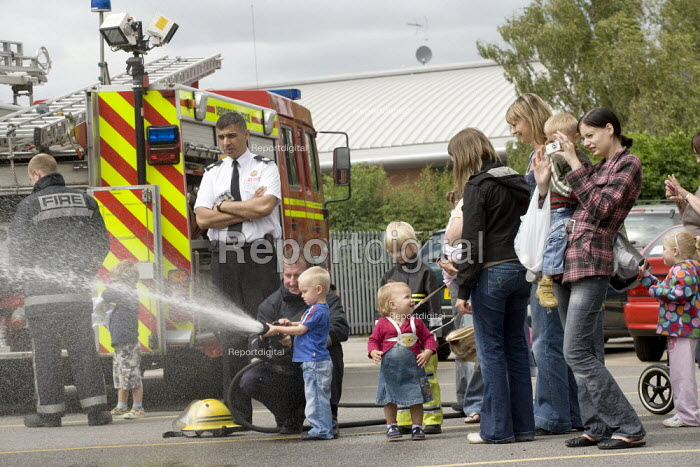 Visit by nursery children. Kam Basi, Group Manager, Derbyshire FRS, Ripley fire station, Derbyshire. - John Harris - 2008-07-08