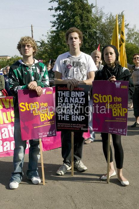 Peace and Unity Vigil against the BNP Rally in Hanley, Stoke-on-Trent. - John Harris - 2008-09-20