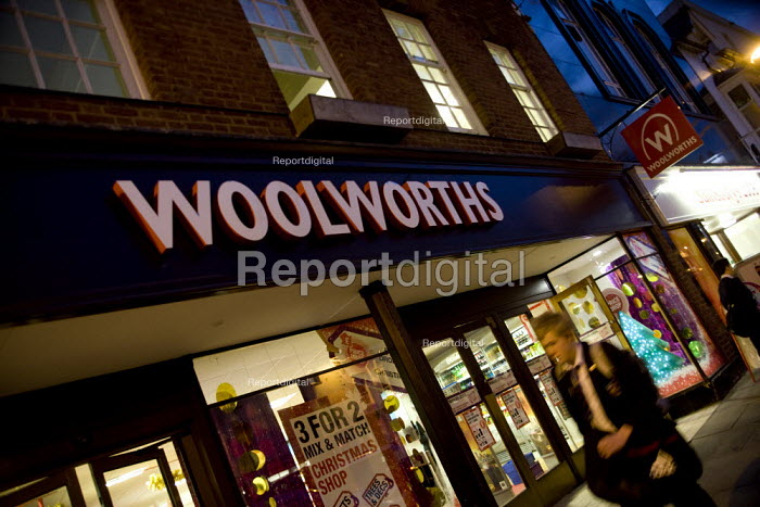 A branch of Woolworths in the High Street, Stratford on Avon, Warwickshire. - John Harris - 2008-11-20
