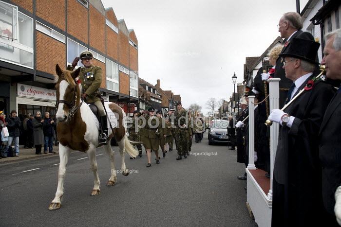 Remembrance day, Stratford-upon-Avon, Warwickshire. - John Harris - 2008-11-09