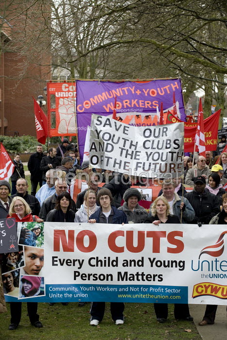 Protest by CYWU against cuts in children's and young people's services by Coventry City Council who propose to close essential after school clubs and activities; they propose to remove professional terms and conditions for remaining staff and put them on zero hours contracts. - John Harris - 2009-02-14