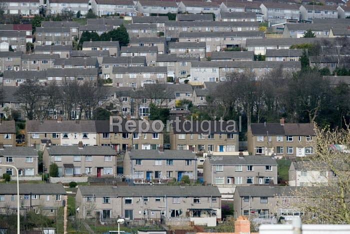 Housing in Risca, South Wales - John Harris - 2009-03-26