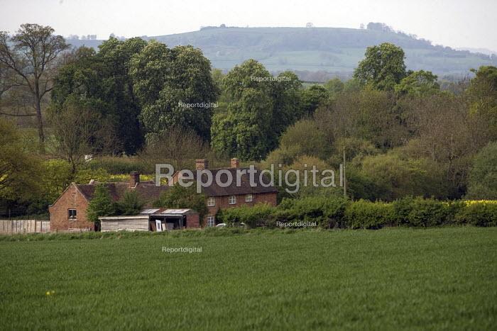 Rural housing, Warwickshire. - John Harris - 2009-04-24