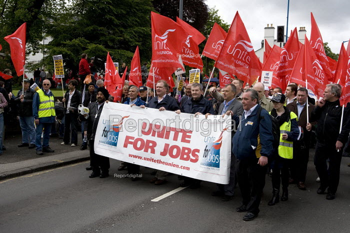 Tony Woodley Unite, Lord Digby Jones, Derek Simpson Unite and Brendan Barber TUC leading thousands of trades union members protesting in Birmingham for the government to invest in manufacturing industry and jobs. - John Harris - 2009-05-16