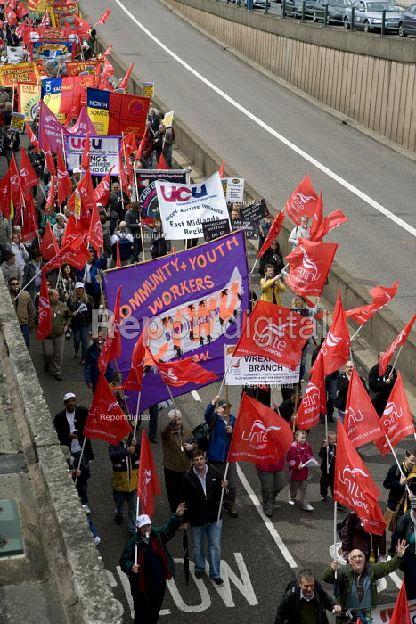UCW and CYWU banners. Thousands of trades union members protesting in Birmingham for the government to invest in manufacturing industry and jobs. - John Harris - 2009-05-16