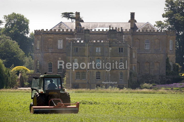 Weed cutting or topping grass on an country estate, Warwickshire - John Harris - 2009-07-02