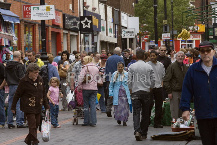 Shopping in Wednesbury town centre. - John Harris - 2009-07-18