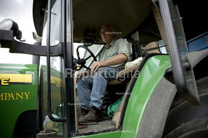 A tractor driver, Rutland - John Harris - 2009-08-21