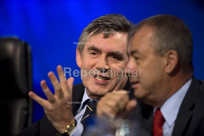 Gordon Brown and Brendan Barber TUC conference 2009 - John Harris - 2009-09-15