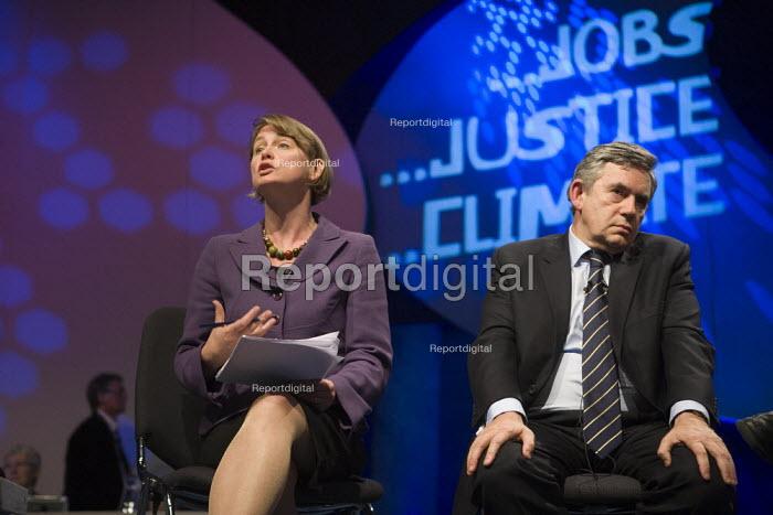 Yvette Cooper MP and Gordon Brown, TUC conference 2009 - John Harris - 2009-09-15