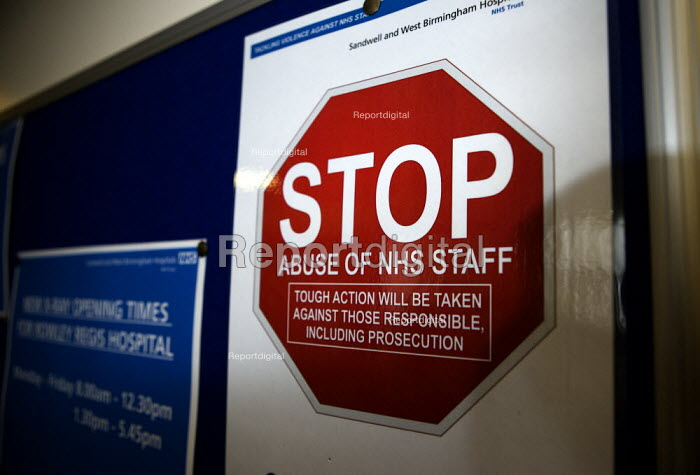Notice warning patients not to abuse staff, Rowley Regis Hospital, West Midlands. - John Harris - 2010-04-14