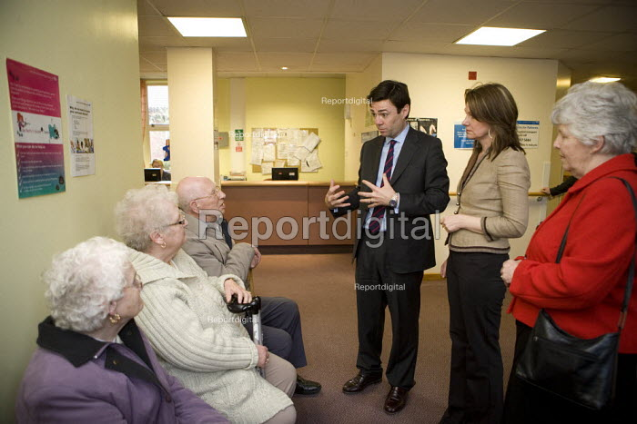 Andy Burnham talking to outpatients whilst visiting Rowley Regis Hospital, West Midlands. - John Harris - 2010-04-14