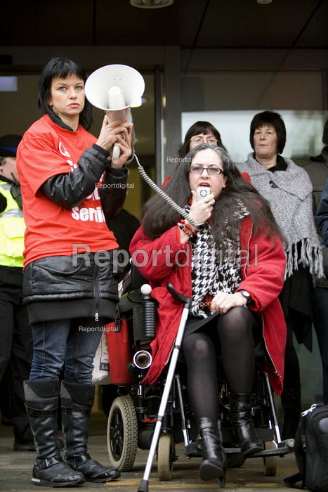 Labour councillor Penny Bould speaking against the cuts in the Youth Service. Lobby outside Warwickshire County Council meeting against the proposed �33 million cuts. - John Harris - 2011-02-15